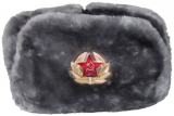 Militärpelzmütze (Uschanka) mit Kokarde, Kunstpelz